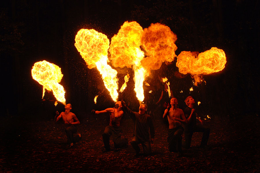 Fireshow.